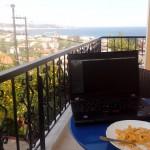 Snídaně s výhledem na moře.
